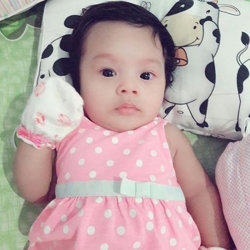 bayi Dina